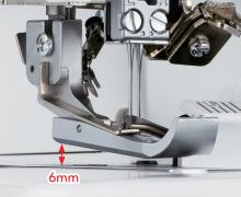 Zdvih přítlačné patky až do výšky 6 mm